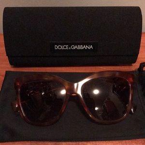 SALE🔥Auth Dolce & Gabbana Sunglasses